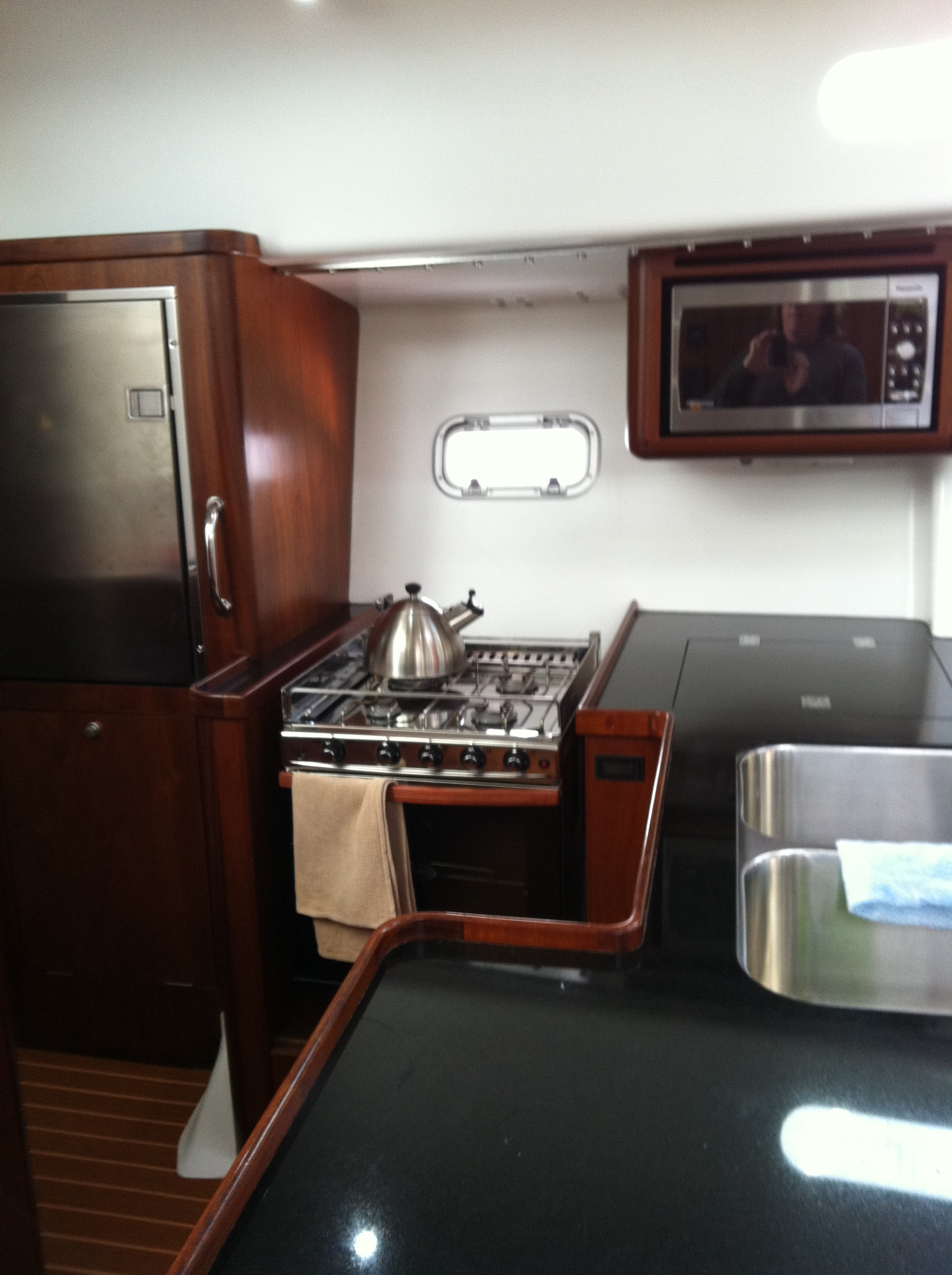 55' sloop galley, sailboat galley,live aboard sailboat